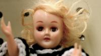 Terrorífica muñeca hablando sin pilas le puso los pelos de punta a todo el mundo