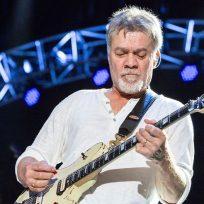 Subastarán dos de las guitarras de Eddie Van Halen
