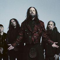 """Korn revela que ha estado trabajando en algo """"emocionante"""""""