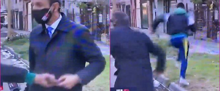 VIDEO: periodista estaba dando un informe sobre delincuencia y le robaron el celular