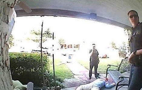 ¿Escena del crimen? Sujeto decora su casa por Halloween y lo visita la Policía