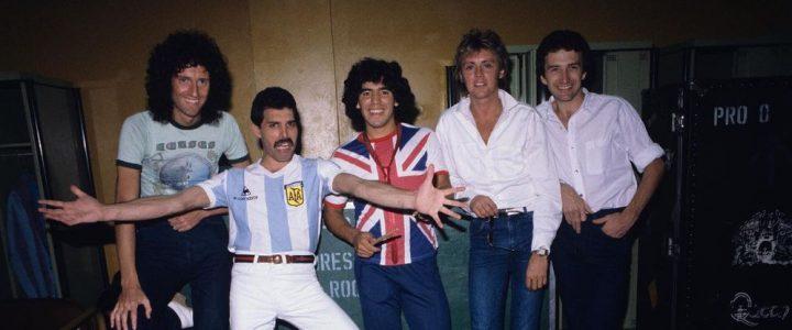 Queen se despide de Maradona con un emotivo homenaje