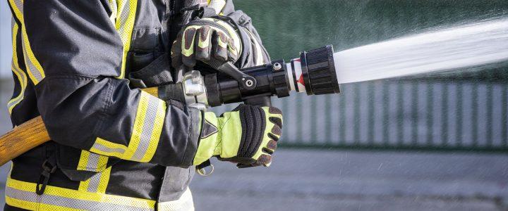 Personas reportaron falso incendio para que los bomberos les llenaran la piscina