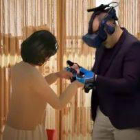 Se reunió con su esposa con realidad virtual
