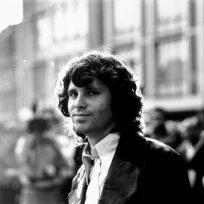se cumplen 50 años de la muerte del legendario Jim Morrison