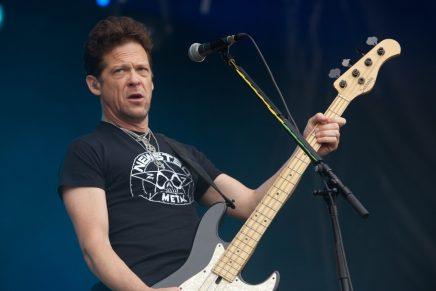 Jason Newsted, exmiembro de Metallica, sorprendió con su opinión sobre 'Enter Sandman'